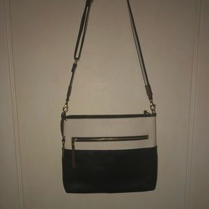Fiona Crossbody By: Fossil with attached Key .